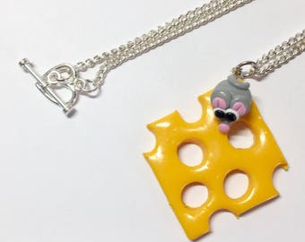 Necklace mouse cheese