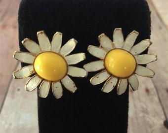 Vintage 1970\u2019s Silver Plated Daisy Flower Earring Holder