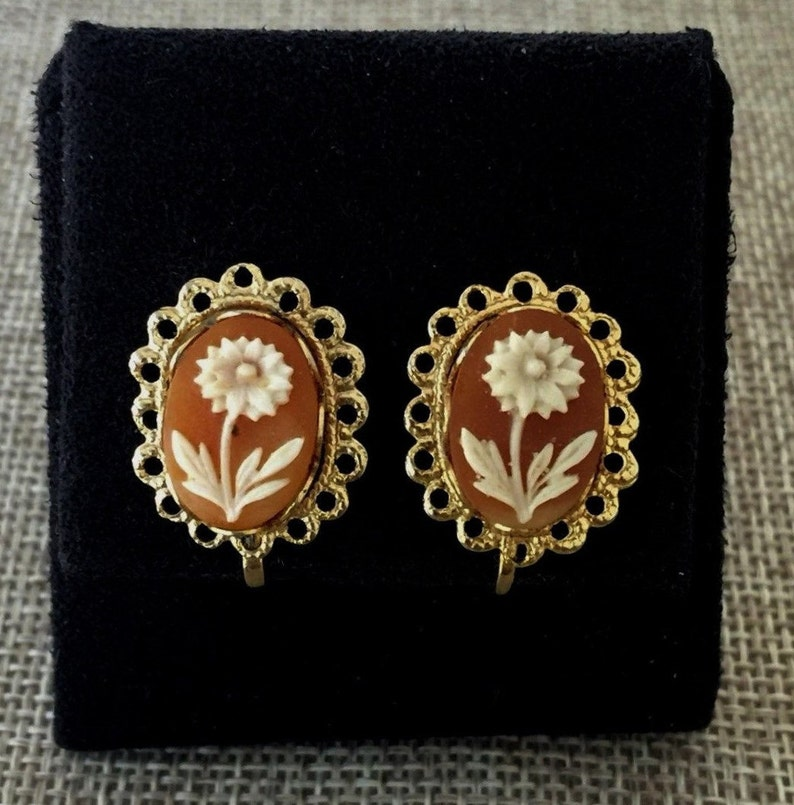 Vintage Gold Tone Clip-on Earrings White Flower on Brown Background  Cameo Style  Clip On Flower Earrings  Vintage Clip Ons  Non-pierced