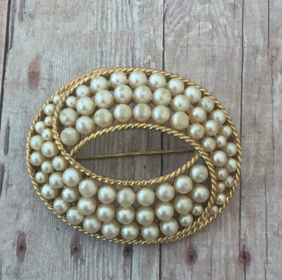 Trifari Gold Tone and Faux Pearl Brooch / Crown T… - image 1