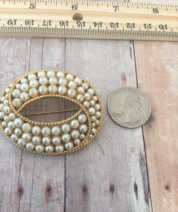Trifari Gold Tone and Faux Pearl Brooch / Crown T… - image 4