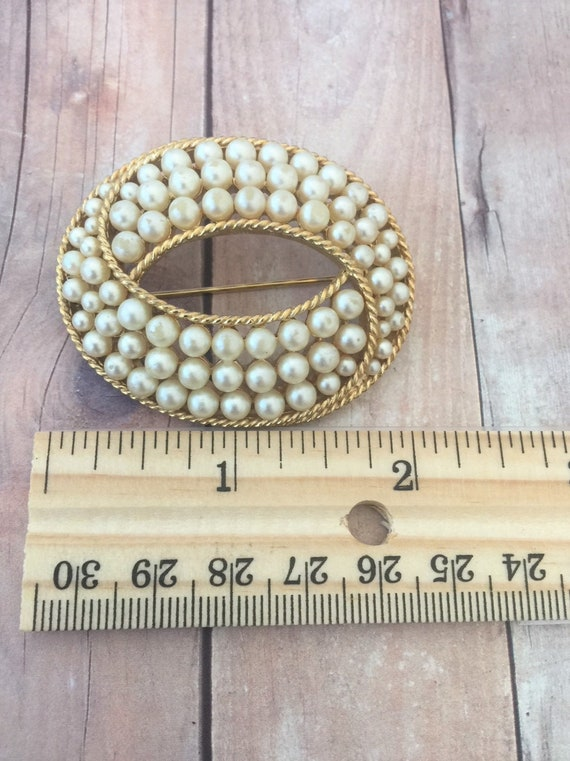 Trifari Gold Tone and Faux Pearl Brooch / Crown T… - image 5