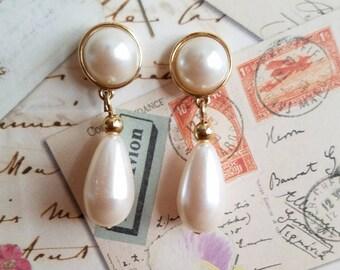 Faux pearl dangle earrings, gold and pearl pierced earrings signed Richelieu.