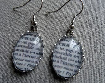 """Earring with the word """"Luck"""""""