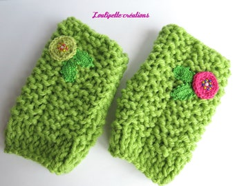"Extra fluffy mittens ""small flowers"""