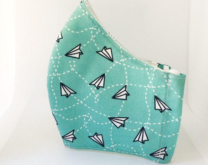 Aircraft print mask in 100% cotton fabric with filter pocket, summer print