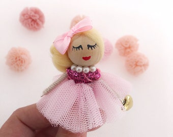 Ballerina brooch with pink tulle tutu, gift for dancers, bow tie dance brooch