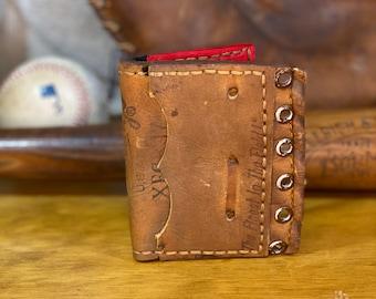 Rawlings Bi-Fold Vintage Eyelet Wallet