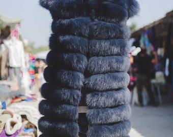 Women's waistcoat of natural arctic fox