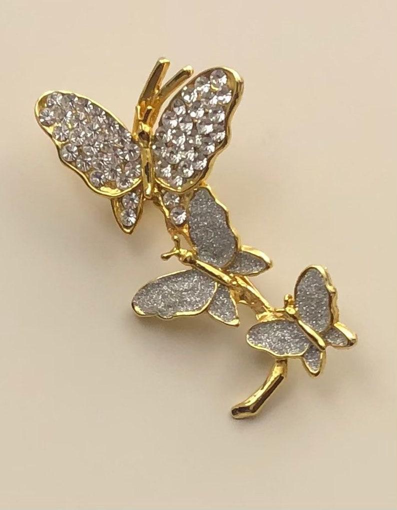 Adorable vintage  three butterflies brooch