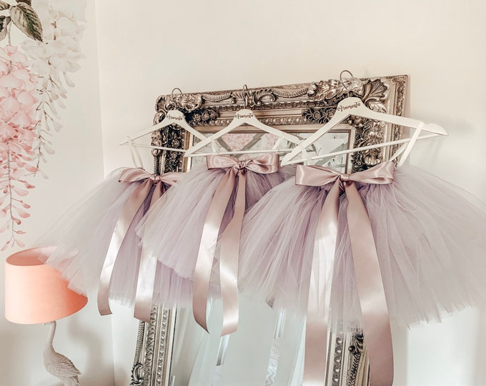 Girls tutu, tutu skirt, flowergirl tutu, bridesmaid tutu, wedding tutu, birthday tutu, cakesmash tutu, dove grey silver tutu