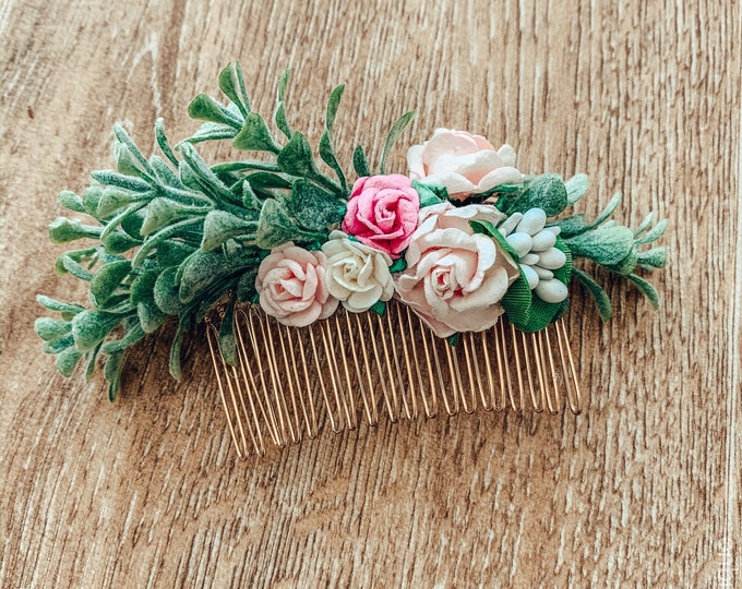 Mulberry flower hair comb, wedding hair pin, floral rose hair accessory, pink peach and ivory flower clip