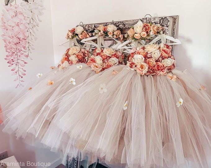 Girls AUTUMN flower tutu dress, flower bodice tutu dress, ivory flower tutu dress.Fairy tutu costume. Bridesmaid,Birthday tutu, princess