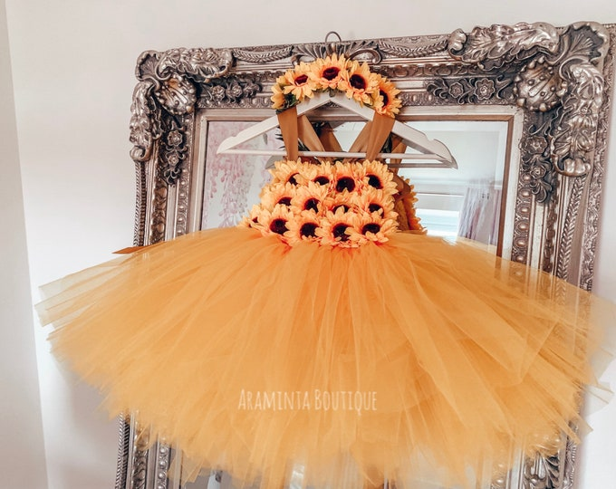 Girls SUNFLOWER flowergirl tutu dress, yellow tutu dress, flower tutu dress.Fairy tutu costume. Bridesmaid,Birthday tutu, princess tutu
