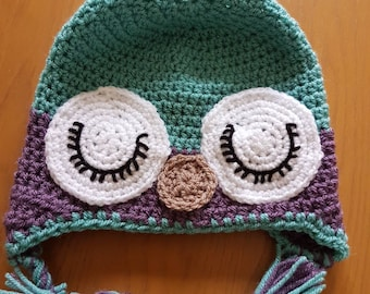 Sleeping owl wool hat for babies from 3 months to 5 years.
