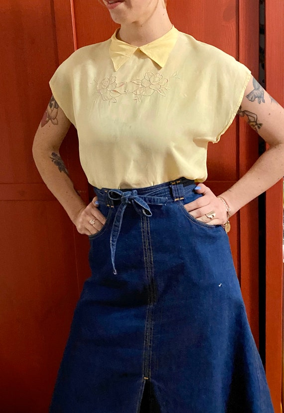 as is 1940s cropped blouse