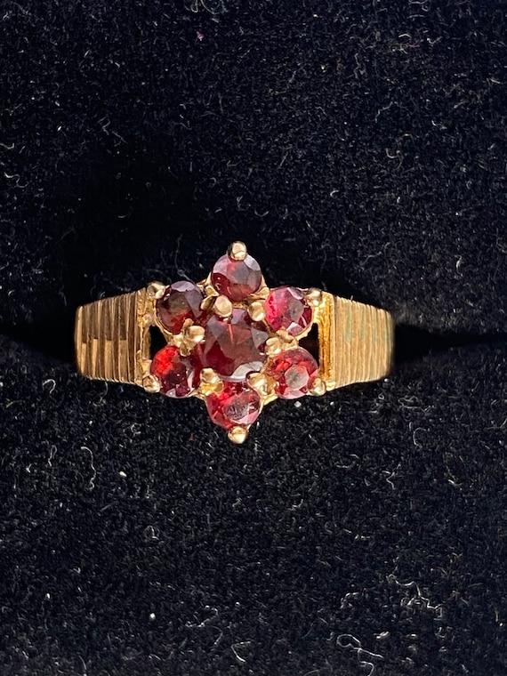 Vintage garnet 9k gold ring, English hallmark Lon… - image 5