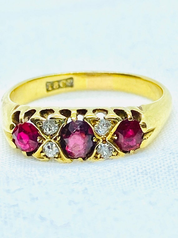 Antique Victorian ruby and diamond ring, 18ct, siz