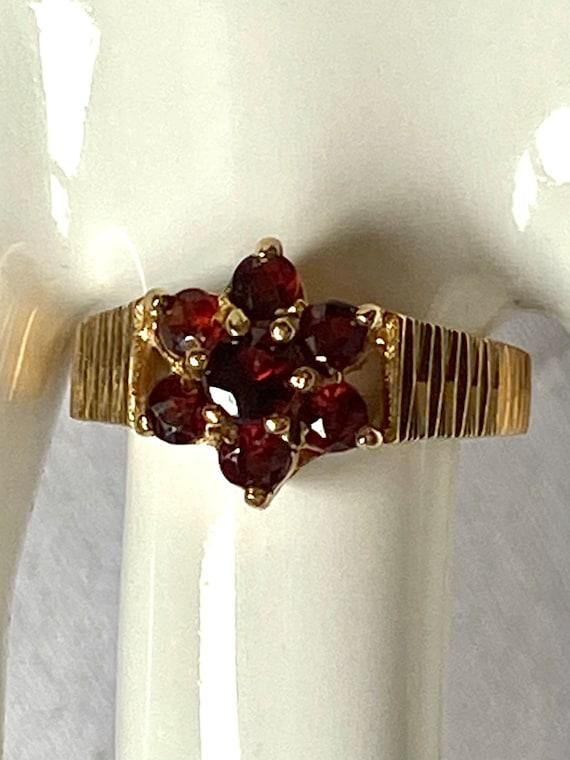 Vintage garnet 9k gold ring, English hallmark Lon… - image 4
