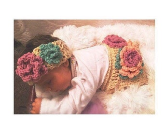 Crochet flower baby diaper cover and hat