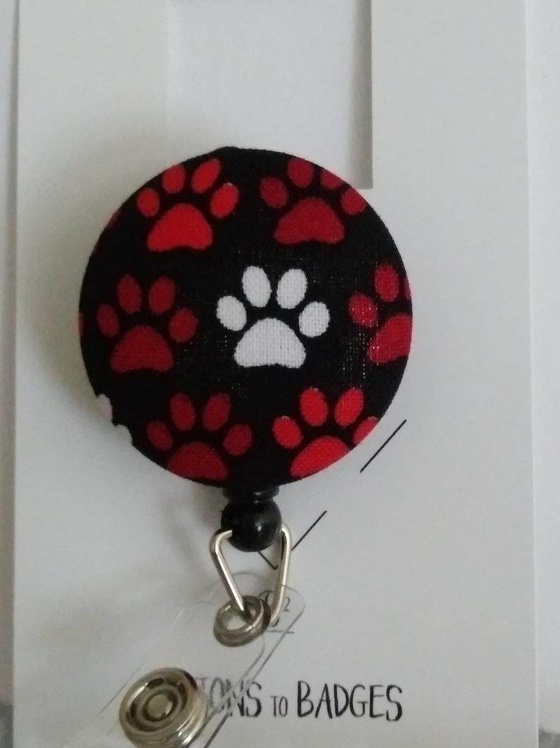 Paw prints badge holder