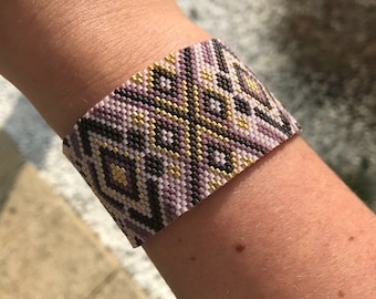 Cuff Taiana shades of pink and gold