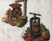 Vintage kitchen wall plaques, set of 2, Homco