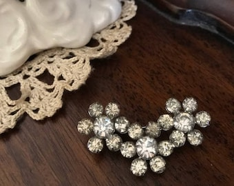 1950's silver sparkly brooch