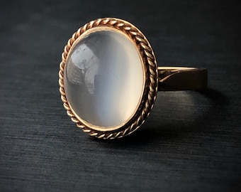 Moonstone Ring - Oval Cabochon Cut Moonstone Ring - 10K Moonstone Ring Size 6 1/4 - Statement Ring