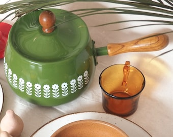 Vintage retro green fondue pot with white flowers and Wood Handle & knob on Lid