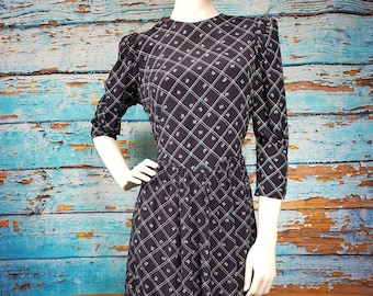 70s / 80s stylish french butterfly dress, size 10 to 12.