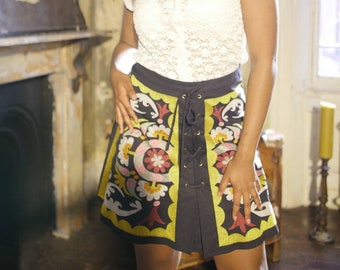 70s style a line embroiderd mini skirt, size 12.