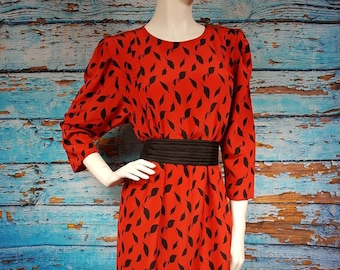 Stunning 80s smock dress, size 10 to 12.