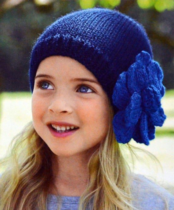 Bons prix nouvelle version service durable Tutoriel petit bonnet fillette, accessoire tricoté, bonnet à tricoter,  accessoire hiver, bonnet bleu, bonnet à fleur, explications tricot