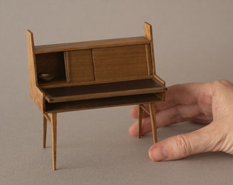 Mid century oak and swllnut desk . Miniature in 1:12 scale. Ideal for design lovers and dollshouse collectors.