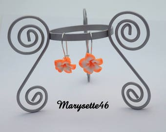 Earrings orange-white with their fimo clay hibiscus flower