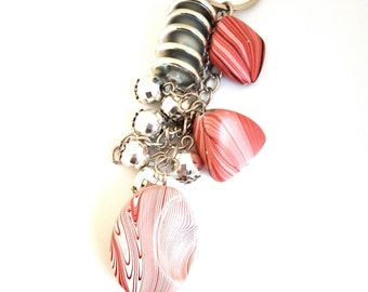 Handbag charm / Keychain with charms and perles.ton red rose