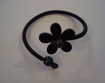 Adornment jewelry fantasies soft black flower