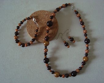 Fancy in shades of Brown jewelry set