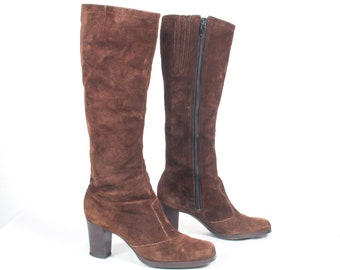 7fb026876 VTG 70 s size 7 Women s Brown Suede Knee High Boots Go Go Boots Mod Hippie  Retro Leather Zip Up Knee Boots GoGo Square Toes Stacked Heels