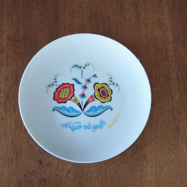 Art Pottery Responsible Delft Pottery Plate Harmonious Colors