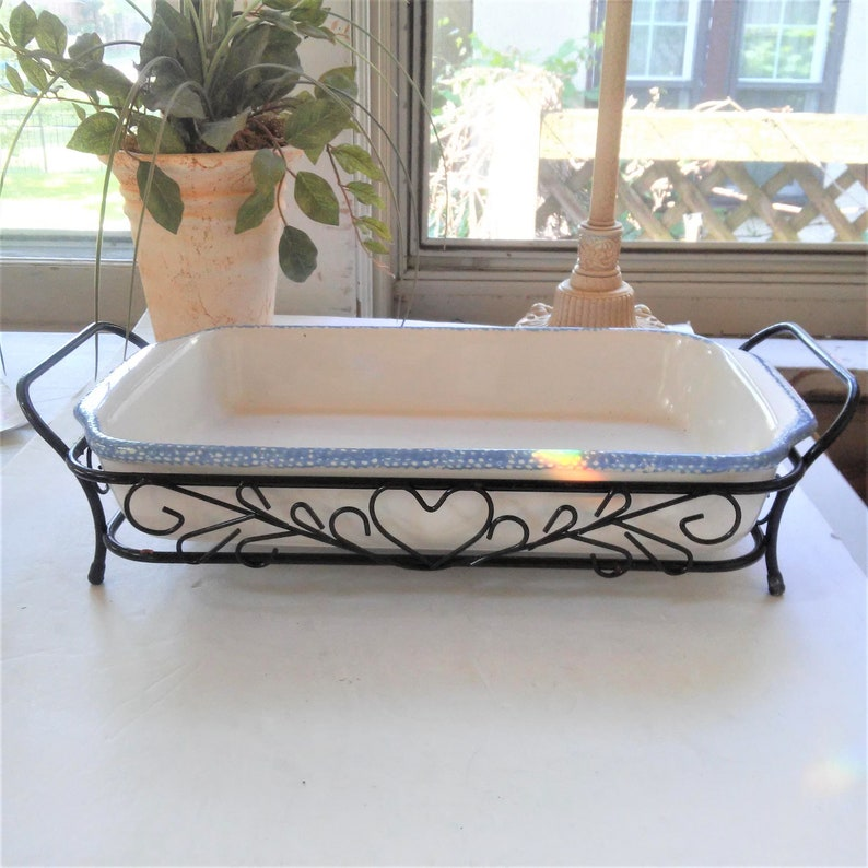 VINTAGE Corelle Blue Hearts Dish// Blue Hearts oblong Casserole Dish with  wire holder// Country Farmhouse Baking Dish