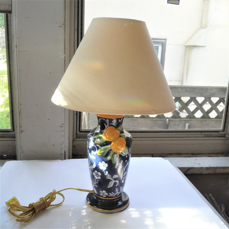 Vintage Shabby Chic Lamp Cute Boudoir Ceramic Lamp Asian Style Desk Lamp