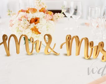 Mr and Mrs Sign 5in, Sweetheart Table Sign, head table sign, sweetheart table decor wedding sign, head table decor, FREE Shipping