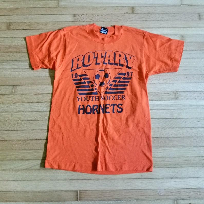 Vintage 1990/'s Fruit of the Loom Best T-Shirt  Soccer T-Shirt  Orange  Small