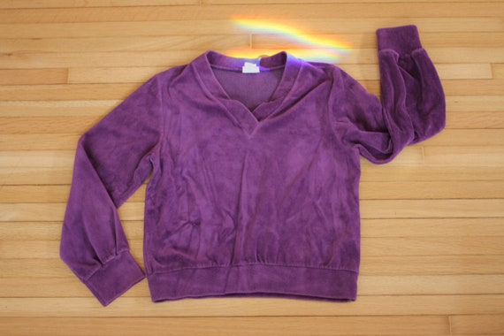 Vintage Women's Velour Purple Sweater / Small to M