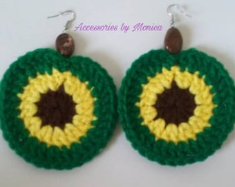 Crochet circle earrings