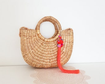 Half moon woven straw tote bag ~ round handles ~ shoulder strap ~ bohemian eclectic jungalow decor