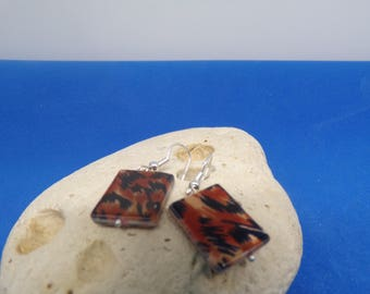 Rectangular with earrings marbled