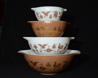 PYREX, Early American, Set of 4, Cinderella, Nesting bowls, 441, 442, 443, 444, Vintage Pyrex Mixing Bowls, 1960s, brown drawings,white,gold